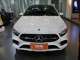 2019缓 奔驰A级 A 200 L 移动轿车先行特别版